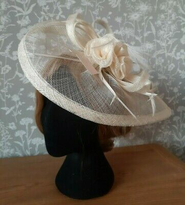 Cream fascinator with clip and headband fixing for wedding, races