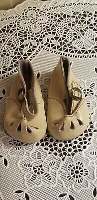 VINTAGE GERMAN LEATHER GES. GESCH. SIZE 6 1/2 LEATHER DOLL SHOES metal buckle