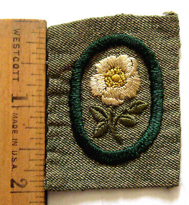 Antique 1928-1933 Girl Scout NEEDLEWOMAN BADGE Thread Spool Sewing Patch Grey