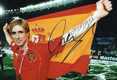 Fernando TORRES Signed Autograph 12x8 Photo 2 AFTAL COA Spain Cup Winner Spanish