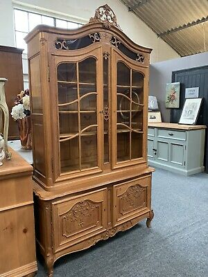 Fantastic Quality Louis Xvi Style French Carved Oak Display Cabinet *Delivery*