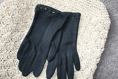 Black Vintage Gloves Small cut out triangles across the top small size s