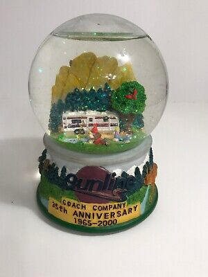 Sunline Coach snow globe year 2000 368 of 1008 musical snow globe camper