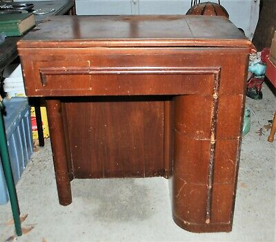 Vintage Singer Sewing Machine Model 15 - 91 in Rare Original Cabinet with Stool