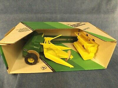 John Deere Forage Harvester Collector's Edition - 1:16 Scale - Orig. Box 1984