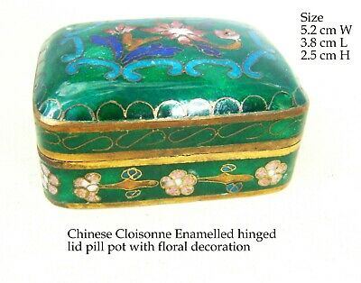 Vintage Chinese Cloisonne Green enamel with Floral design hinged Pill Pot