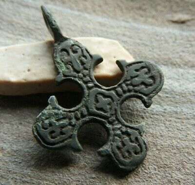 Authentic Viking Cross with the signs of Kievan Rus 10-13 AD 正宗的维京人十字架与基辅罗斯10