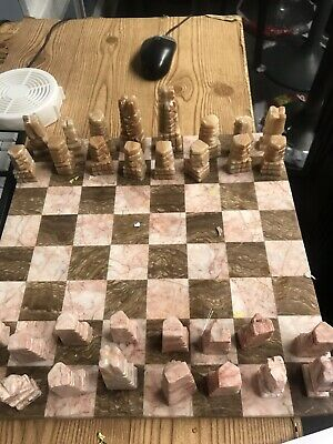 chess set marble/glass/stone