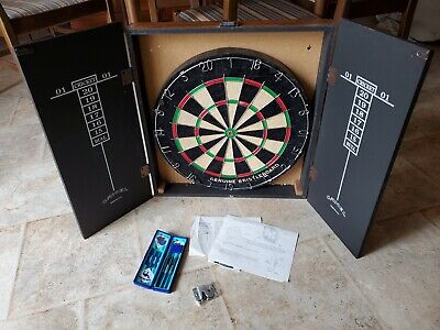 Joe's Place Dart Board from Camel Joe Genuine Bristol never Hung w/ Darts USA
