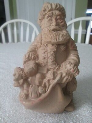 SANTA CLAUS STATUE OLD WORLD ST NICHOLAS RESIN HAND CARVED WOOD LOOK VINTAGE c89