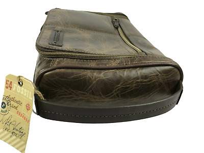 FOSSIL NEW WITH TAGS.  Brown Leather Travel Case.  DOPP KIT BAG.  Zippered.