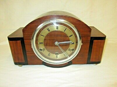 A 1930s Art Deco Walnut Anvil Perivale Wesstminster Quart Chime Mantel Clock