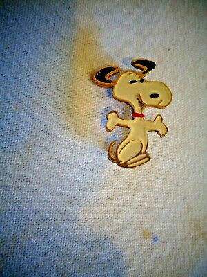 Vintage United Features Figural Snoopy Pin Brooch