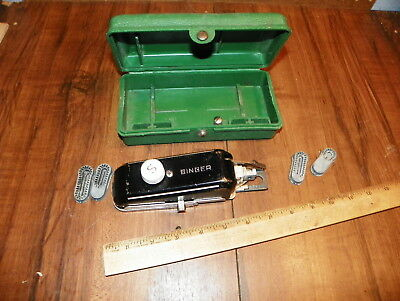 Vintage SINGER Buttonholer Attachment                                          !