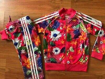 Girls PINK FLORAL ADIDAS ORIGINALS TRACKSUIT TOP & BOTTOMS (age7-8) *L@@K 99p*