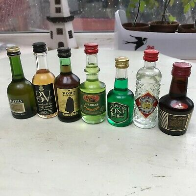 long cased clock, works but needs the pendulum fixing (just a new feather)