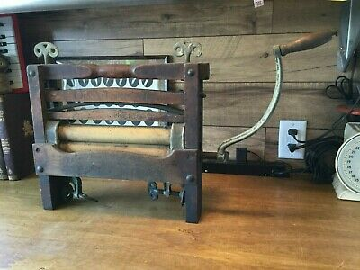 Awesome Antique Clothes Wringer