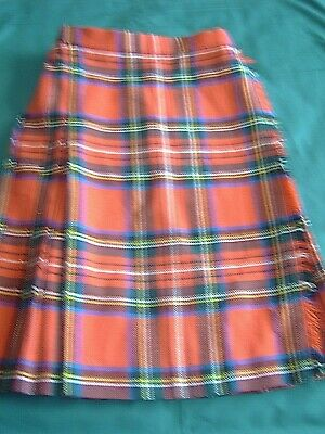 ] Children's Vintage Clothing - Tartan Kilt - Age 10 - Leather Straps   [Gg]