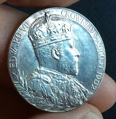 Edward VII : 1902 Silver Coronation Medal - 31mm   (Ref:B)