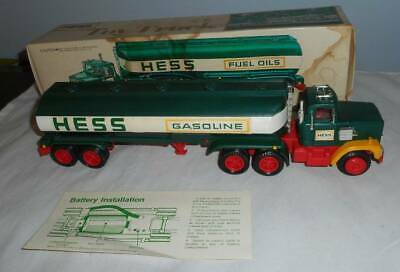 Vintage 1977 Hess Toy Truck In Box Amerada Hess Corporation