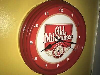 Old Milwaukee Beer Bar Advertising Man Cave Red Wall Clock Sign