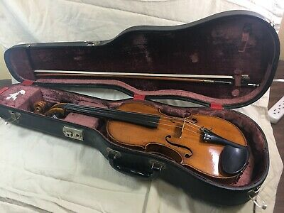 A fine antique viola labeled Johannes Baptista Zanoli w/ Baum bow & case
