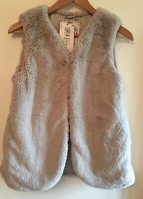 Matks & Spencer Light Grey Fluffy Girls Gilet. Aged 13-14. New With Tag.