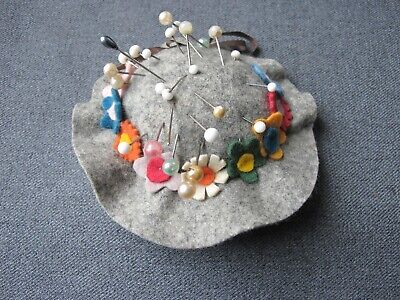 Vintage cute colors flowers & bow felt hat shaped pin cushion with pins     c