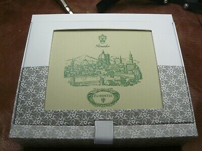 Pineider Florentia Box Of 15 Cards/Envelopes Green Trim   6 X 4 1/4'' In Size