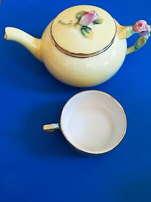 Royal Winton Grimwades Teapot Tea for One Yellow Antique Rosebud