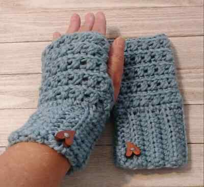 crochet Texting finger less gloves heart button woman's Teal blue handmade