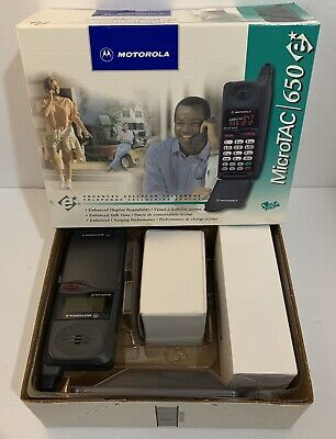 Motorola MicroTAC 650e Flip Cell Phone With Battery & Charger Powers On