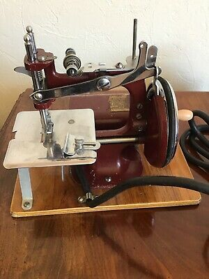 Rare Essex Electric Portable Miniature Sewing Machine With Case