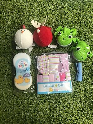 NEW. Selection Of Baby Sponges & Wash Clothes Flannels Body Shop Frogs Bathtime