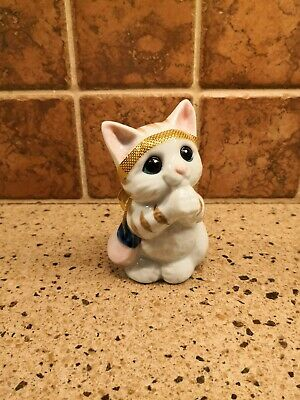 """Japanese White and Gold Porcelain """"Please Cat"""" with Gold Ribbon (Neko Cat)"""