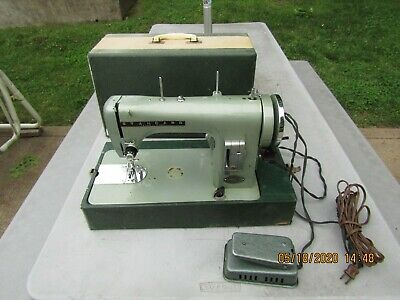 AS IS Standard Super Deluxe Japan sewing machine w'case & foot pedal & booklet.