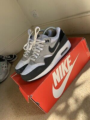 NIKE AIR MAX 1 Essential WhiteAnthraciteWolf GreyBlack