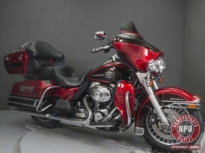 2012 Harley-Davidson FLHTCU ELECTRA GLIDE ULTRA CLASSIC W/ABS  2012 HARLEY-DAVIDSON FLHTCU ELECTRA GLIDE ULTRA CLASSIC W/ABS USED