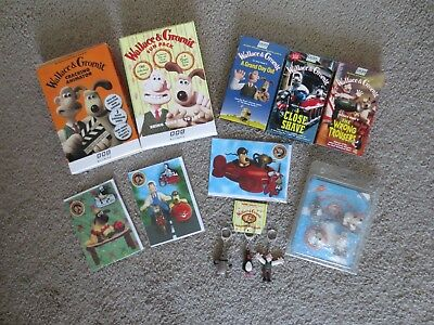 Wallace & Gromit Lot of 12  Key Chains Magnets Cards Movies Animator Fun Pack