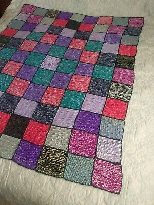 HA001 KNITTING PATTERN TRADITIONAL KNITTED GRANNY SQUARE MEMORY BLANKET