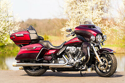 "2015 Harley-Davidson Touring  2015 Harley-Davidson Ultra Limited Classic Low Lo FLHTKL 2-Tone Extras 103""/6spd"