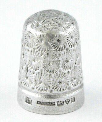 1910 - ANTIQUE STERLING SILVER THIMBLE - By HC & S Ltd - England
