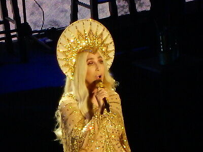 CHER HERE WE GO AGAIN TOUR Dancing Queen Believe It's A Man's World Living Proof