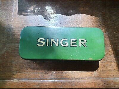 Singer Sewing Machine Attachment Green Tin Old Vintage Collectable Empty Antique