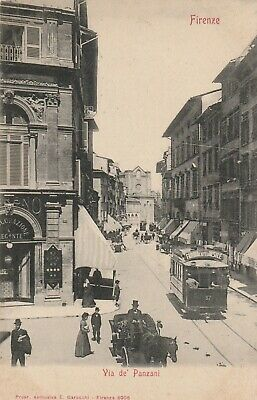 Firenze via de' Panzani con tram e carrozza in transito animata primi 900'