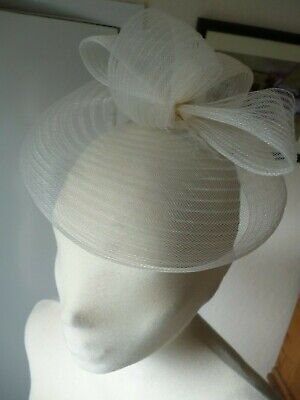 White/Clear Net Fascinator,Hat/Headpiece,Stylish,Elegant,Wedding,Races,Party.