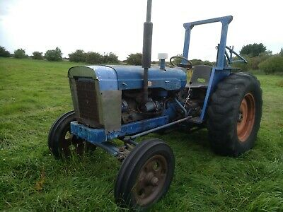 Fordson Major Tractor. Recent engine and clutch work. V5 Dexta Massey ferguson