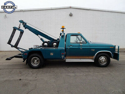 1986 Ford F-350 Wrecker 1986 Ford F-350 Pickup Used Manual RWD Diesel Wrecker Tow Truck