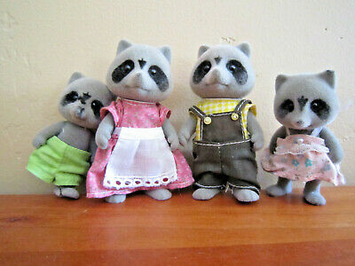 Calico critters/Sylvanian families Vintage Raccoon Family Of 4 1980s