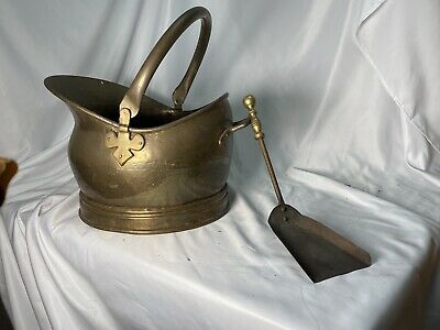 Old Vintage Brass/Copper Coal Bucket Log Basket Garden Ornament Pot